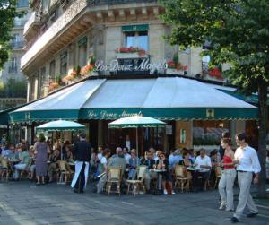 breakfast-in-paris1