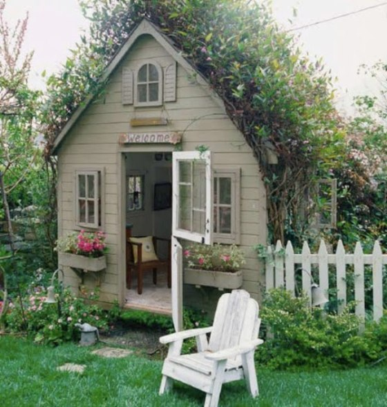 8-New-Ideas-For-Kids-Outdoor-Playhouses-1